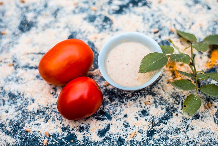 mascarilla de avena y tomate